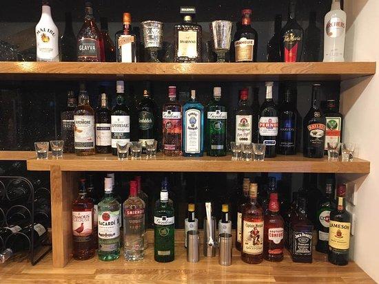 New Gulistan Indian Restaurant: Bar selection