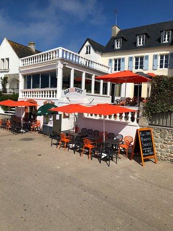 Ile-de-Batz, France: Bienvenue au Bar du Port
