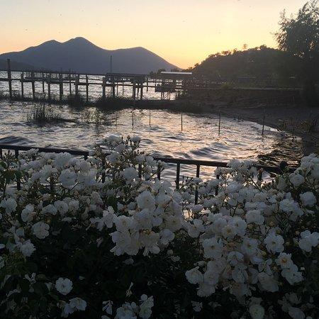 Clear Lake Cottages & Marina: photo1.jpg