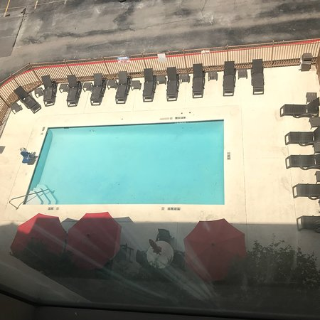 Red Roof Plus San Antonio Downtown Riverwalk 71