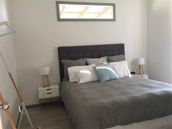 Nulkaba, Australia: Hunter Valley Concert Cottage Bedroom