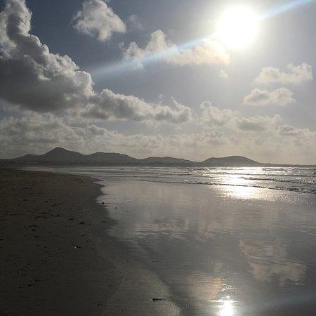 Famara Beach: dramatic scenery