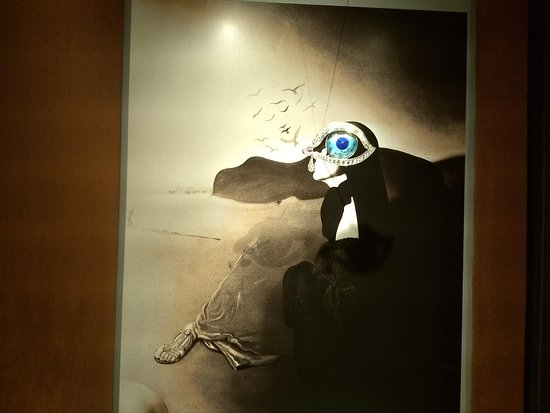 jewel designed by dalí watch picture of dali joyas figueres
