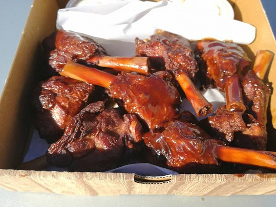 Peter's Pizza Bray: BBQ Duck Wings