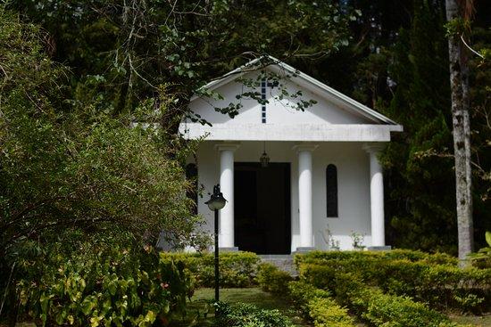 Biazi Paradise Hotel: Capela