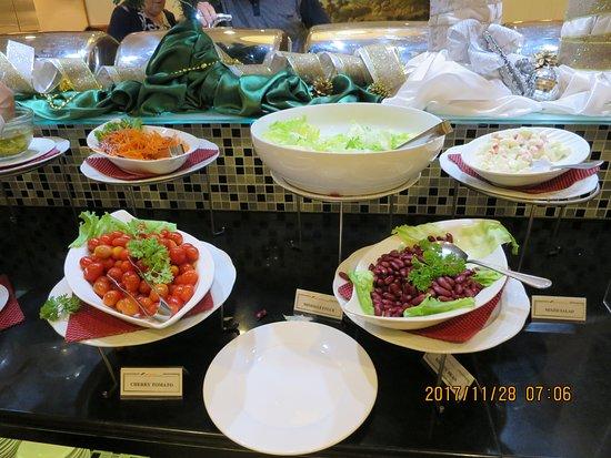 Bayview Hotel Georgetown Penang: サラダコーナー