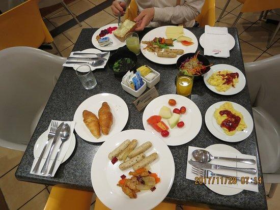 Bayview Hotel Georgetown Penang: 今日の朝食・・・