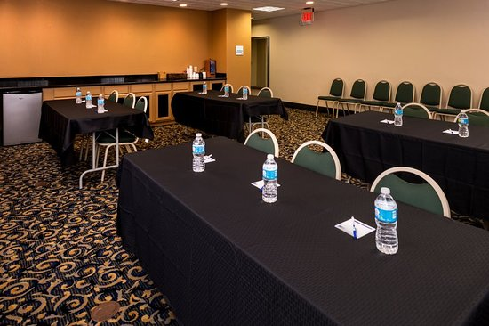 Bucyrus, Ohio: Meeting room
