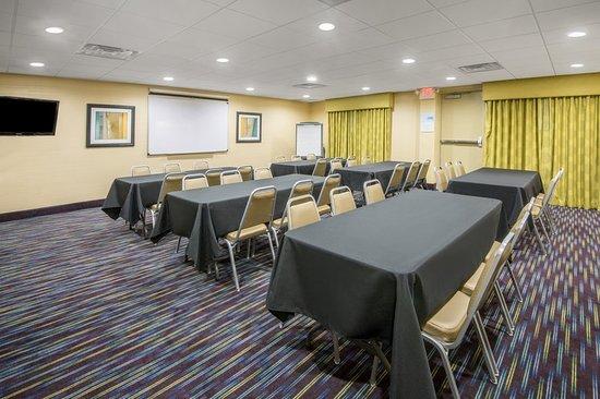 Ashland, KY: Meeting room
