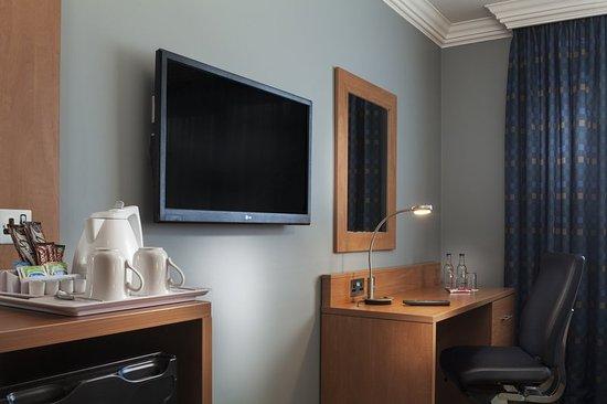 Holiday Inn London Bloomsbury: Guest room