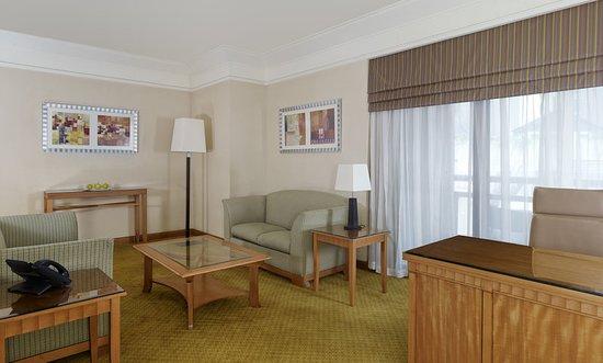 Holiday Inn Cairo - Citystars: Suite