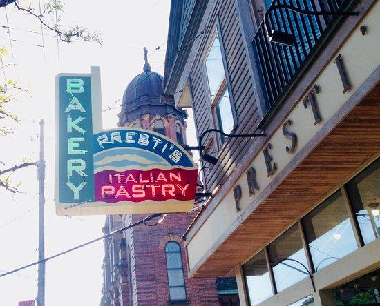 Presti's Bakery & Café: Located in little Italy
