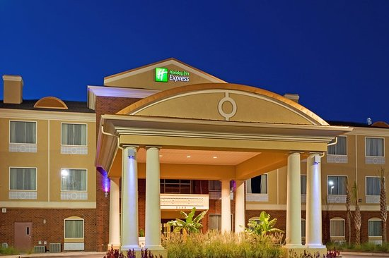 Holiday Inn Express Hotel & Suites Foley: Exterior