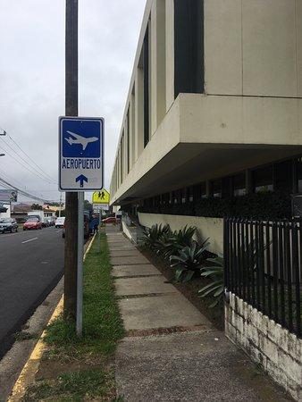 Autentico Hotel: front