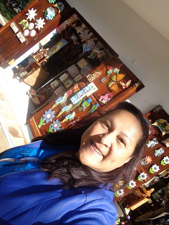 Cambuquira, MG: lojinha com produtos bem variados