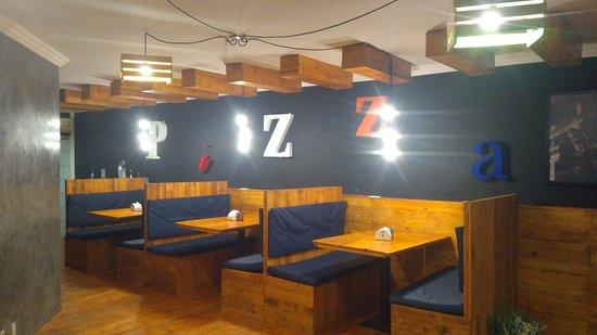 Felice Pizzaria: Área interna