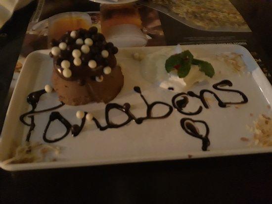 Coco Bambu Anhembi: Sobremesa de aniversário