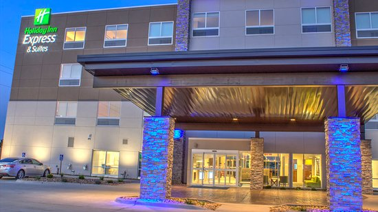 Holiday Inn Express & Suites Spencer: Exterior