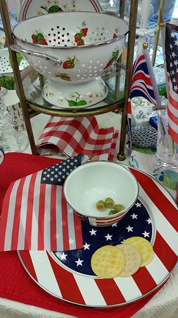 Wilton, CT: Goldenberry has special home accessories and unique gifts