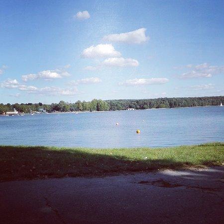 Lake Zemborzycki: Ideal in warm temperatures :)
