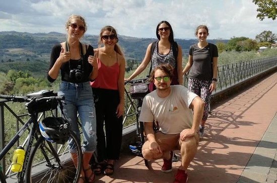2-Day Small-Group Tuscany Bike Tour...