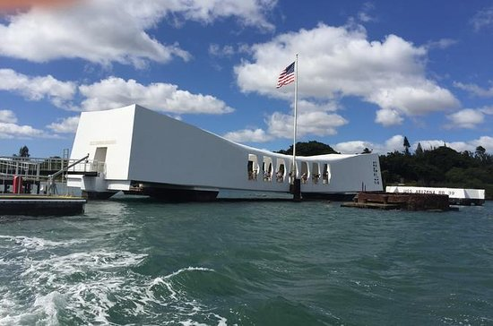 Oahu Day Trip: Pearl Harbor and Oahu ...