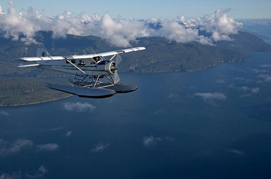 Scenic Flight and Crab Feast from...