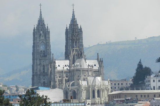 Tour privado de un día a Quito y...