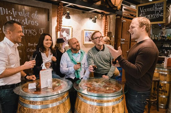 Gourmet Barcelona: Tapas & Wine...
