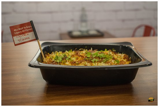 Charcoal Eats :- Satisfying Biryani and Pizza Cravings without a big hole in the pocket.