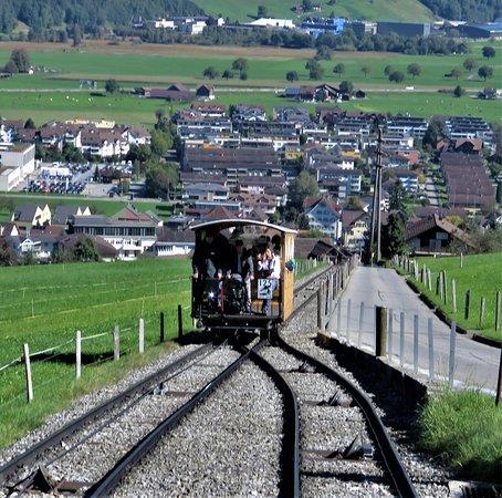 Oncoming funicular car