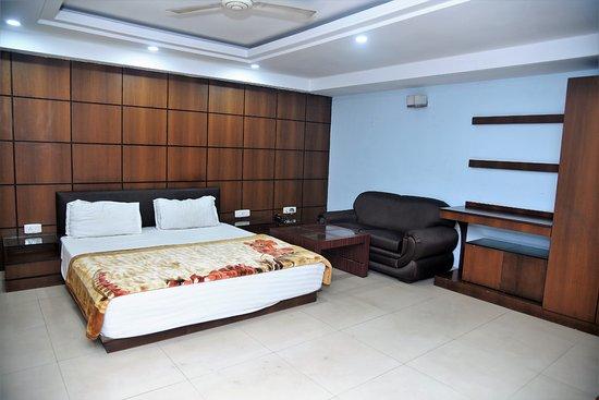Madhulika Hotel