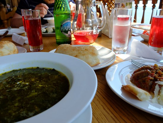 Vostochny Kvartal: Щавелевый суп