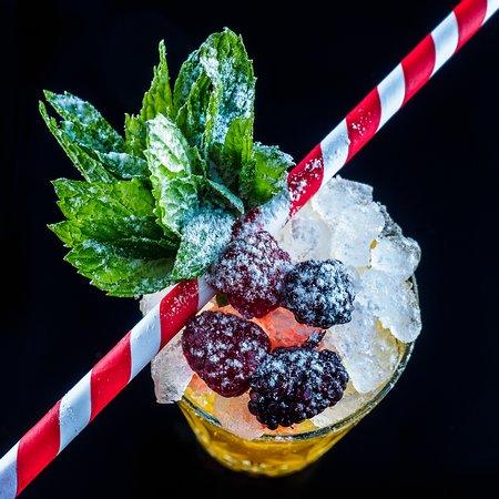 Παγοποιείον: Amazing cocktails!!!