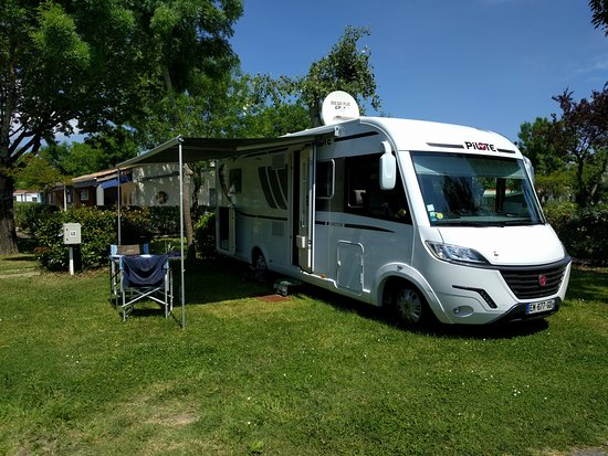 camping au pigeonnier updated 2018 campground reviews le chateau d 39 oleron france tripadvisor. Black Bedroom Furniture Sets. Home Design Ideas