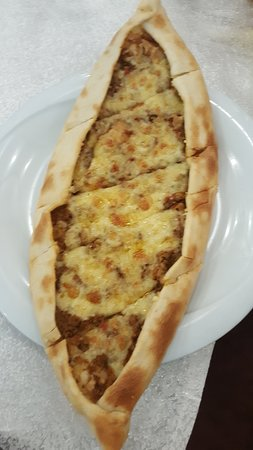 Anadolu Restaurant & Catering: Chese and meet Pide