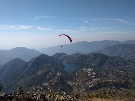 Bhimtal, India: High fly