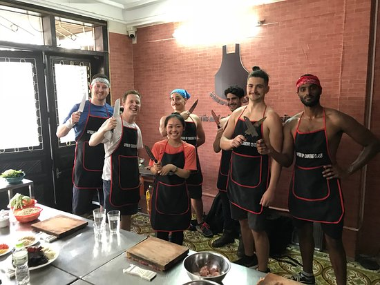 ‪Apron Up Cooking Class‬