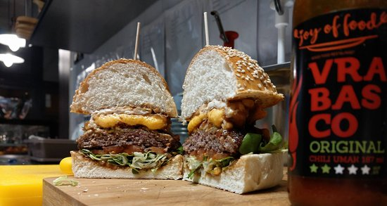 Joy of Food: Cheeseburgers
