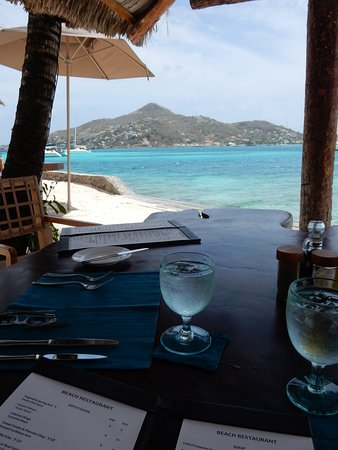 Petit St.Vincent: Beach Bar