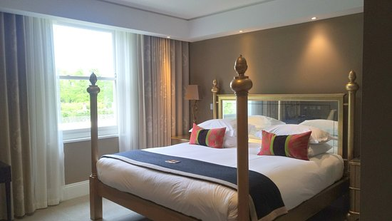 Rudding Park Hotel: Bedroom in Follifoot suite
