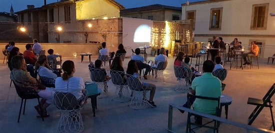 1010 Asteroskopeion: Our roof is ideal for lounging under the Nicosia sky as well as hosting our presentations