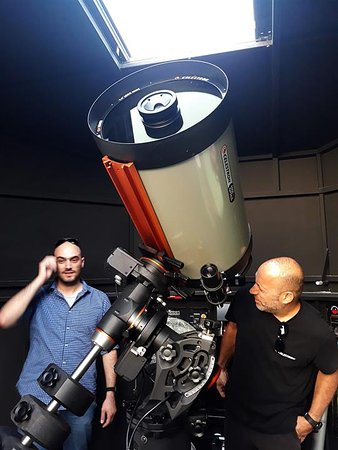 1010 Asteroskopeion: Our Celestron C14 EDGE HD telescope is seen here aiming at Venus in the daytime