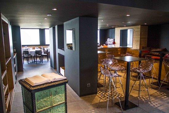 Chalet La Maya: Accueil - Bar