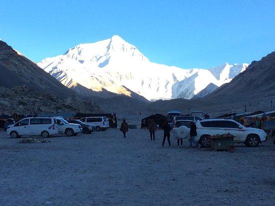Tibet Tashidelek Int'l Travel: Base Camp - perfect weather!