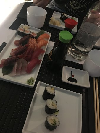 写真Zushi Milano Japanese Restaurants枚