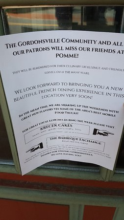 Pomme Restaurant: Closed for business.