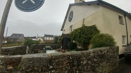 Ilsington, UK: Wet and windy Dartmoor