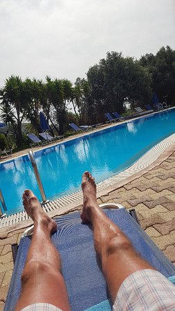 Filoxenia Apartments: 20180520_105323_large.jpg