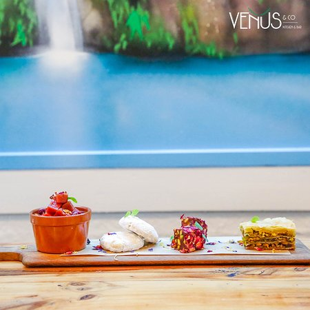 Venus & Co. Kitchen & Bar: Anniversary Gift